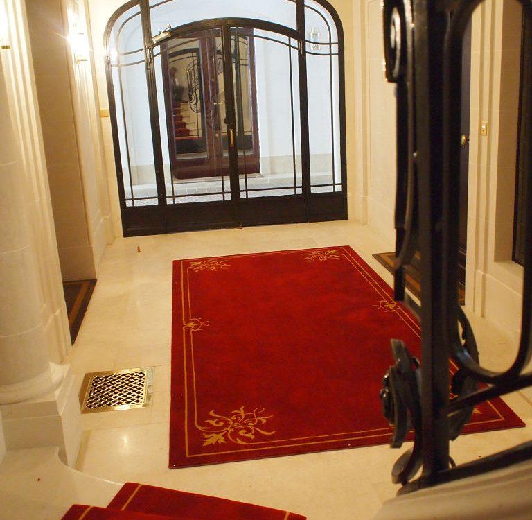 Tapis Archives - DMT - Spécialiste du tapis d\'escalier et moquette ...