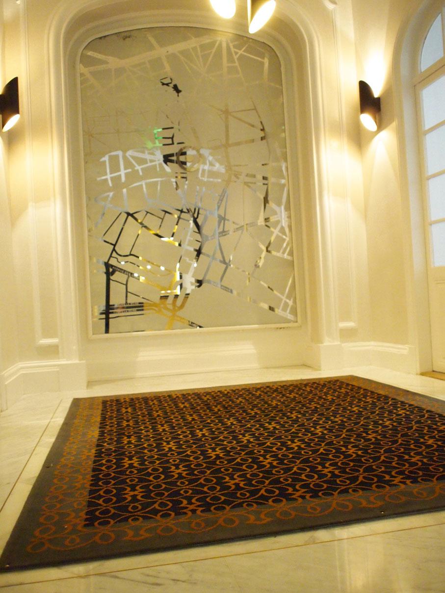 tapis-espace-d-accueil-d-un-immeuble-de-bureau-afin-de-creer-un