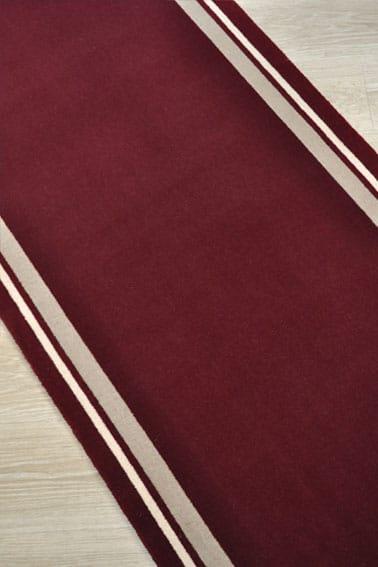 tapis déstockage bordeaux avec bordures beige