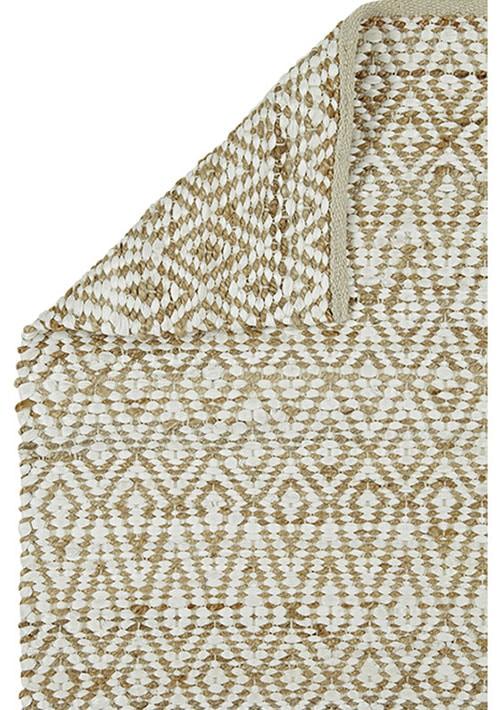 tapis beige et blanc géométrique